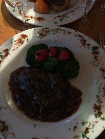 Chez Toinette: Beef fillet
