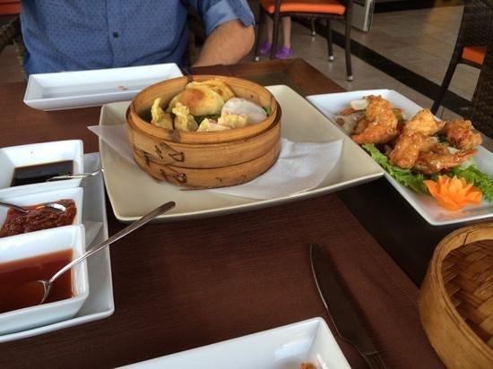 Imperial Tai-Pan: Dim sum and tempura prawns