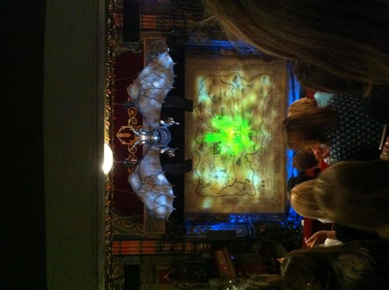 Grand Theatre: Just Wicked!! : )
