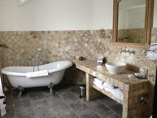 La Dimora : Bathroom