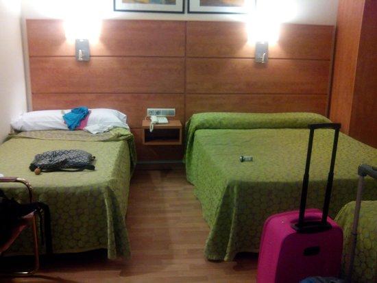 Hotel Avenida: camas muy comodas
