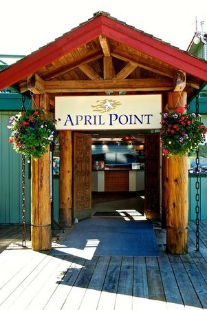 April Point Resort & Spa: April Point Lodge