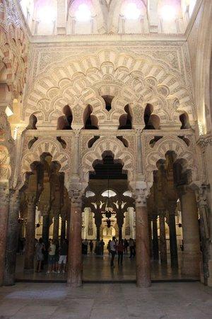 Cathédrale de Cordoue : olha o detalhe e a iluminação, precioso!