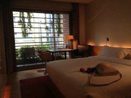 Hotel Omm: Bedroom