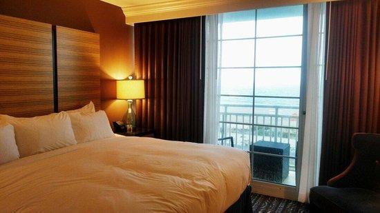 Ocean Club Hotel : Bedroom with ocean view