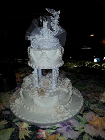 best wedding cake bakeries in new orleans swiss confectionery inc new orleans central business 11403