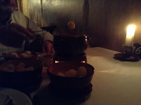 La Gruyere Restaurant : fondue de queijo