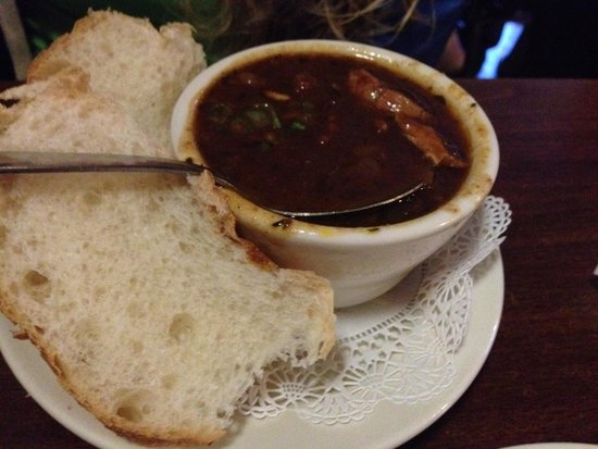 Dee's Hang Out: chicken gumbo