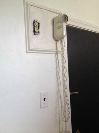 Society Hill Hotel: Only plug in the room