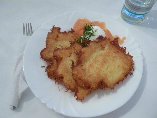 Küchenstudios Düsseldorf local snack potato kuchen picture of hofgarten dusseldorf