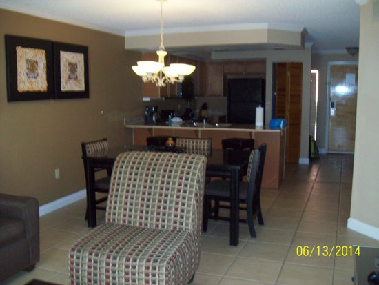 Legacy Vacation Resorts: Living/Kitchen area