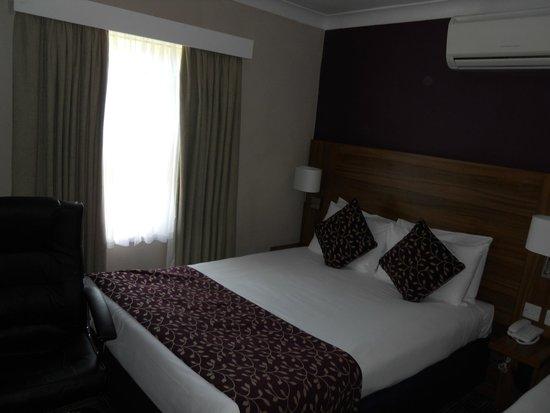 City Continental London Kensington: Triple room