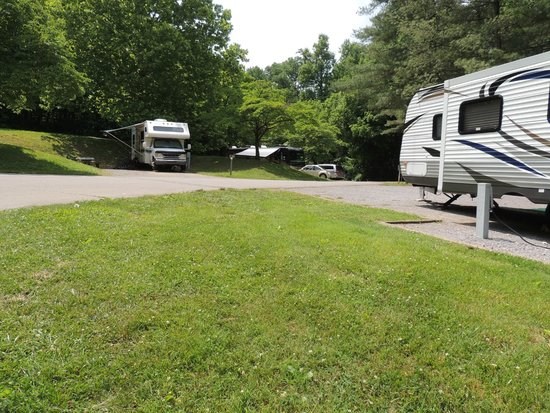 Warriors' Path State Park: campground