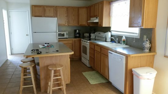 Greybull Motel: Kitchen