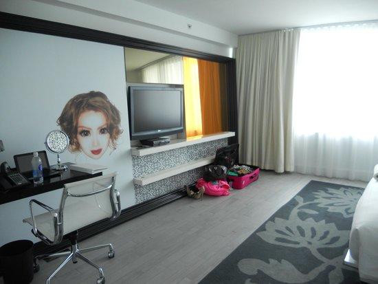 Mondrian South Beach Hotel: Room