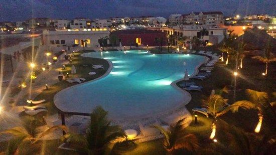 Alsol Luxury Village: night view