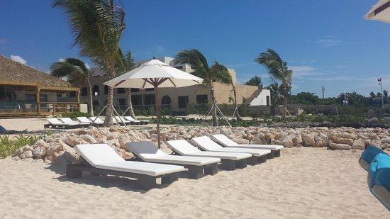 Alsol Luxury Village: beach