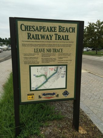 Chesapeake Beach, MD: Look for this sign -- then look BEHIND the sign about 100 yards!