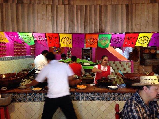 Los Colorines: Cocineras muy mexicanas.