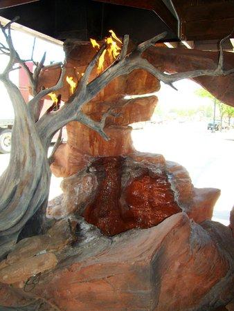 Zax Restaurant & Watering Hole: Gas-fired Waterfall on Zax patio
