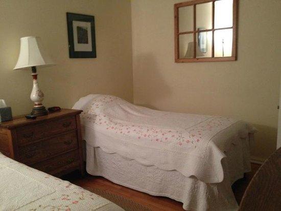The Woodstock Inn on the Millstream: Room
