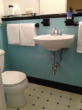 The Woodstock Inn on the Millstream: Bathroom