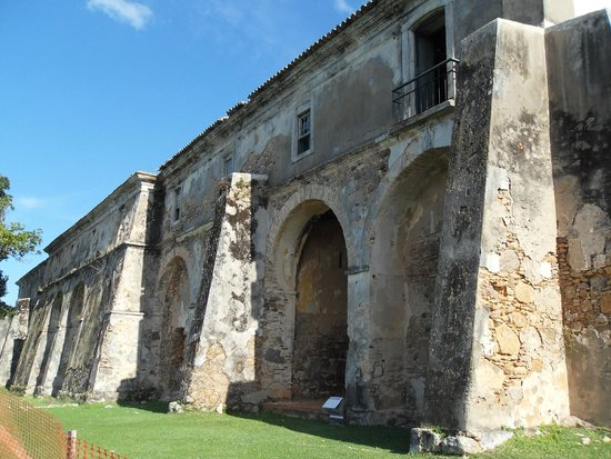 Santa Cruz de Anhatomirim Fortress : Quartel da tropa
