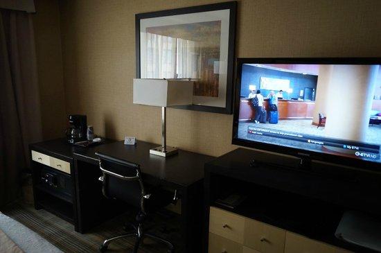 Holiday Inn Midtown / 57th St : Room 932
