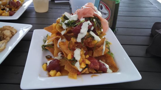 Sunset Grille - Secret Harbour Resort: Heavily nachos