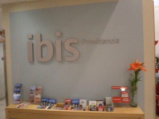 Ibis Santiago Providencia : recepção
