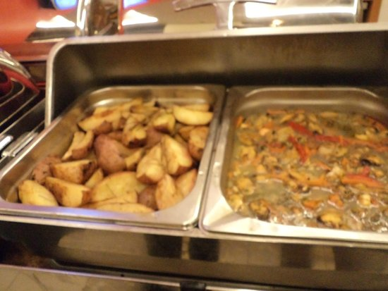 Ibis Santiago Providencia: buffet