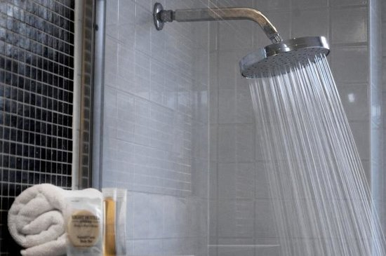 Pensione Hotel Sydney - by 8Hotels: Rainwater Shower Heads