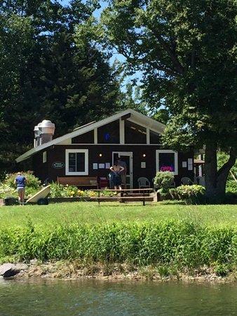 Saint Albans Bay, VT : Burton Island Bistro
