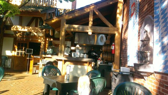 Otto S Beer Brat Garden Minocqua Restaurant Reviews Phone Number Photos Tripadvisor