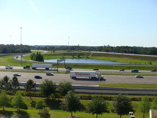 Vacation Village at Parkway: Vista da Varanda do Apartamento