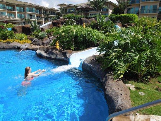 Waipouli Beach Resort: Pool waterslide