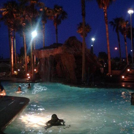 The Grandview at Las Vegas: going for a night swim
