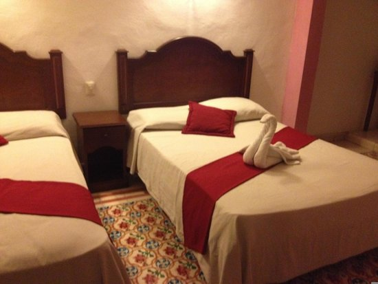 hotel colonial la aurora: nothing really fancy but comfy