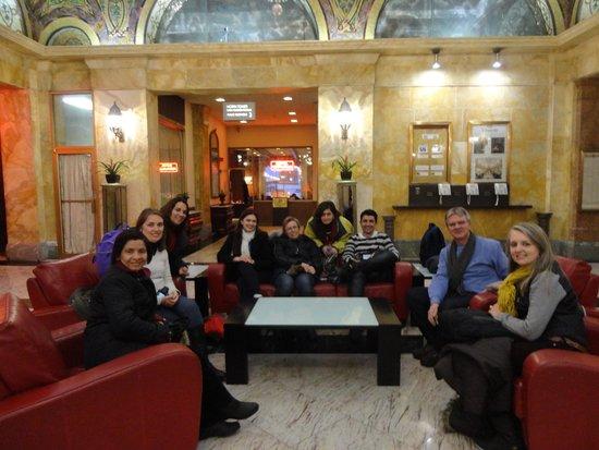 The Congress Plaza Hotel and Convention Center: No Lobby do Hotel
