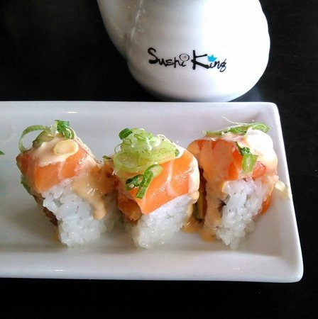 Sushi King: Nemo (House Specialty Roll)