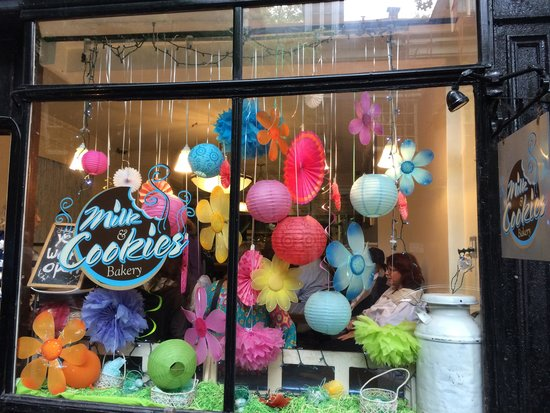 Foods of New York Tours: Both savoury and sweet treats