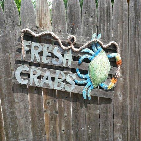 Lowry's Crab Shack: Fresh blue crab