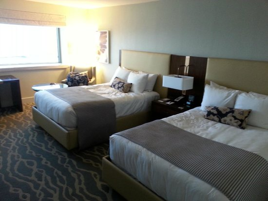 InterContinental Miami: Good sized room for our family of 4!