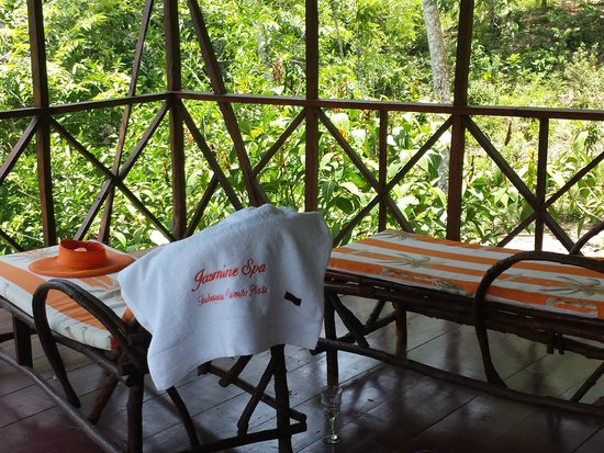 Jasmine Spa and Wellness : Relaxing after the mineral pool bath