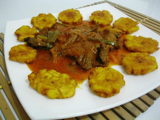 Lo&Lo Restaurant: BEEF STEAK WITH FRIED GREEN PLANTAINS