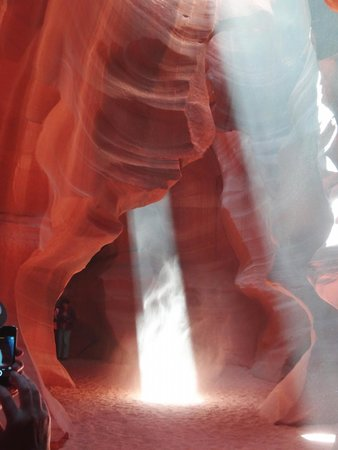 Antelope Slot Canyon Tours: Two rays in Antelope Canyon