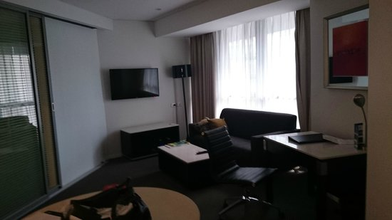 Meriton Serviced Apartments Brisbane on Herschel Street: living area with everything necessary