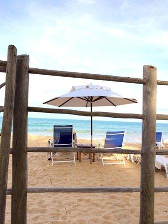Etnia Pousada & Boutique: Praia de frente para a pousada - linda