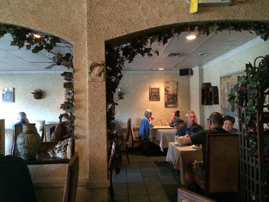 Amici Restaurant : Dining area