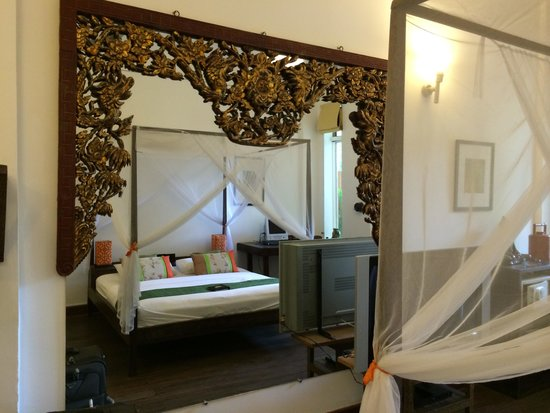 The Pavilion : Poolview Deluxe room